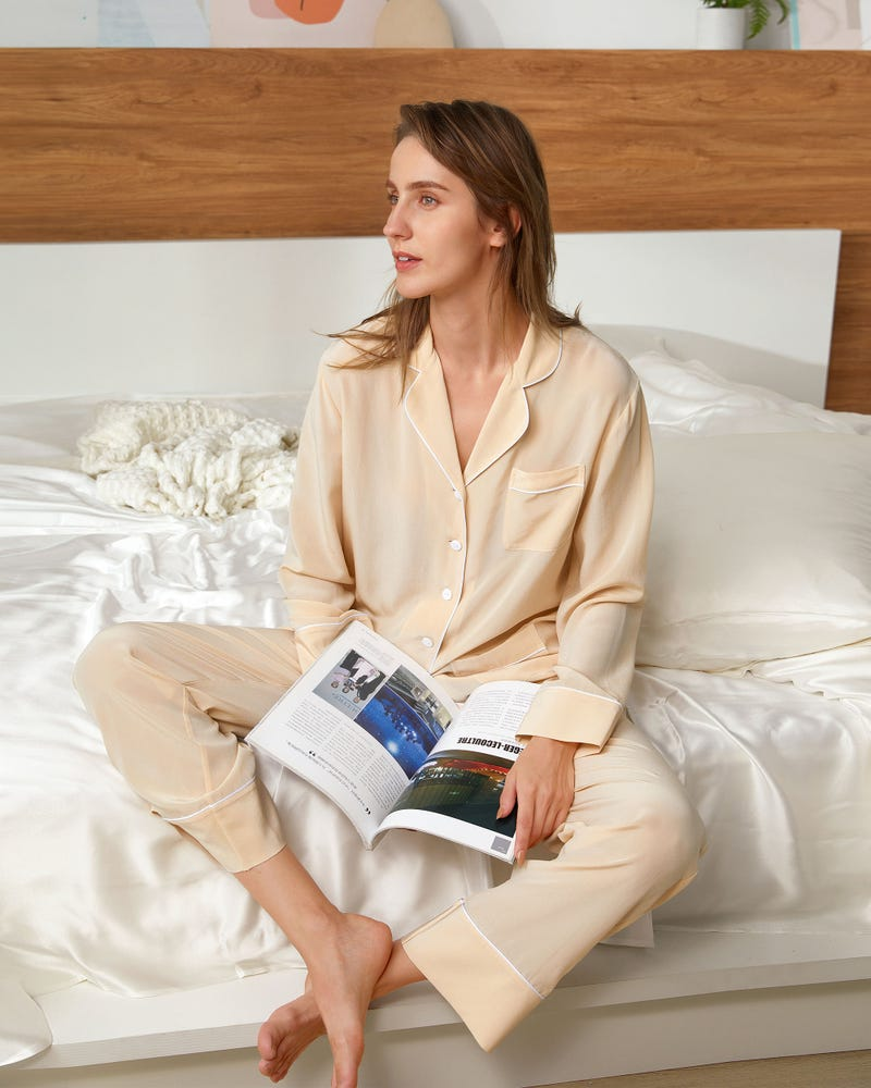 18 Momme Chic Trimmed Silk Pajamas Set