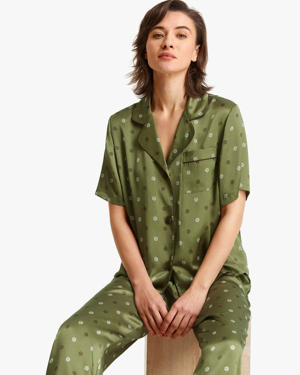 Edelweiss Print Silk Women Summer Pajamas