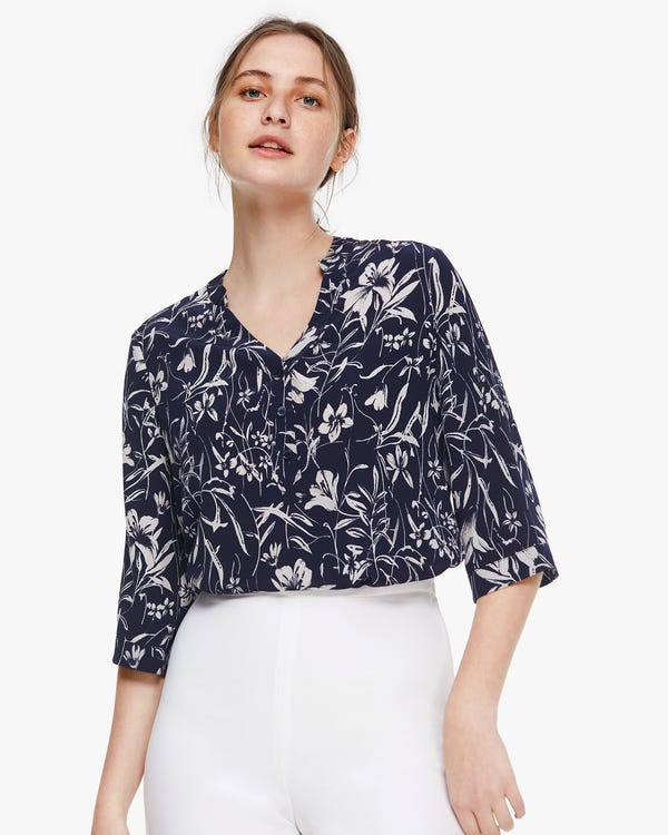 Charming Lily Print Silk Blouse Lily-On-Navy-Blue XS