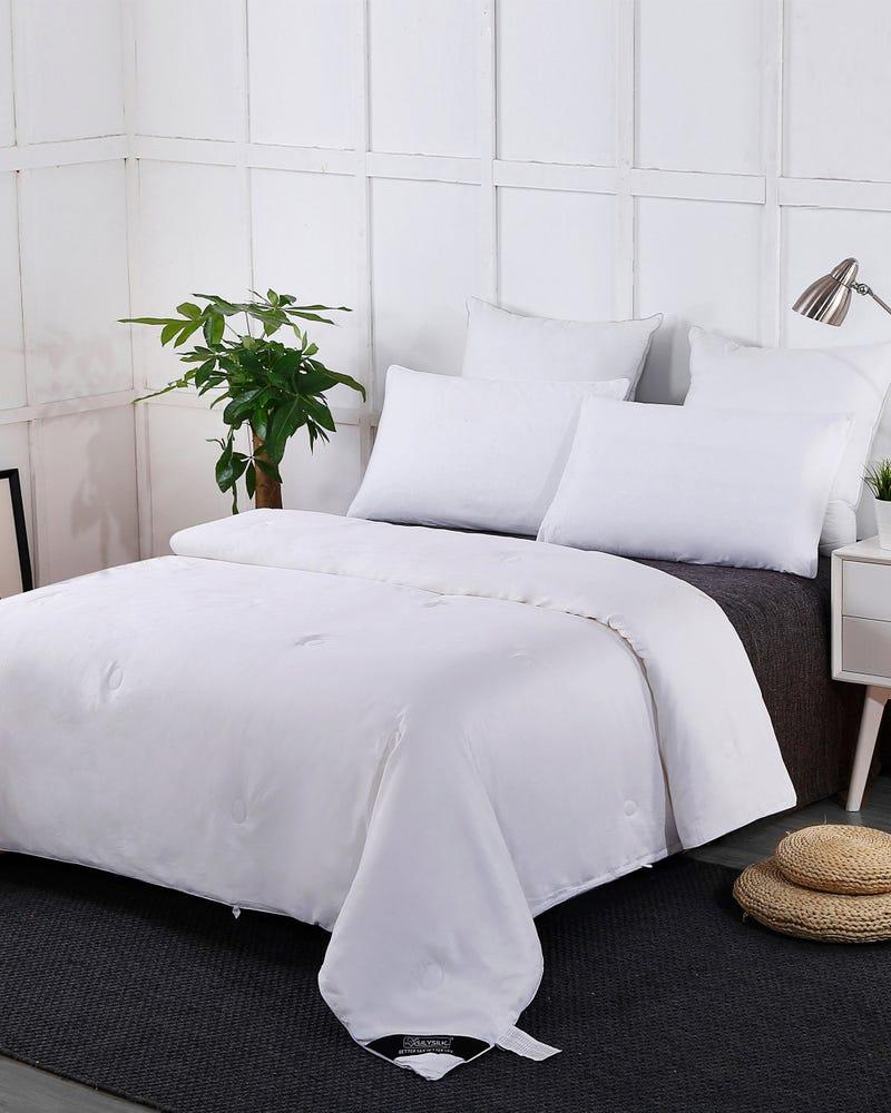 Summer Cotton Covered Light Weight Silk Comforter