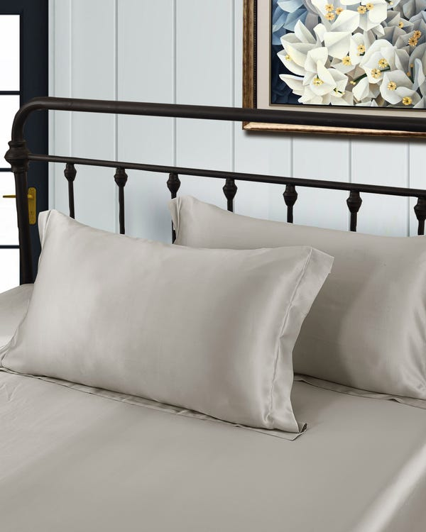 19 Momme Oxford Silk Pillowcase Silvergray King-hover