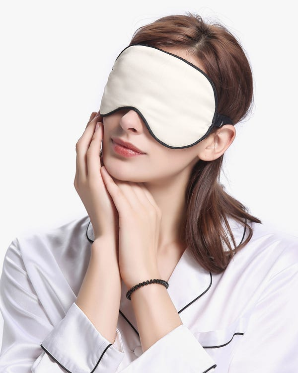 19 MM Housewife Silk Pillowcase with Hidden Zipper and Silk Sleep Eye Mask Set