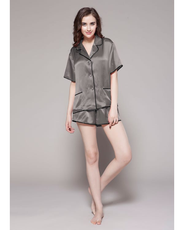 22 Momme Conjunto de Pijama de Seda Contra Corto Gris Oscuro 2X-hover