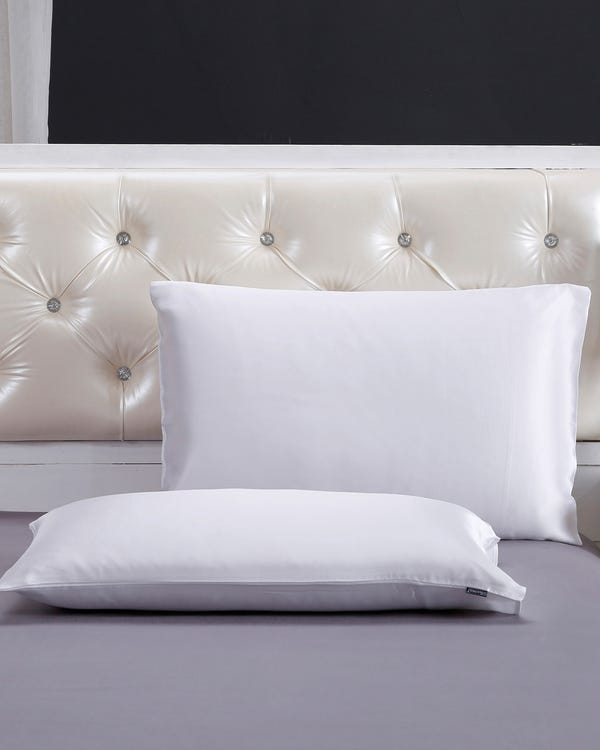 22 Momme Housewife Silk Pillowcase White King-hover