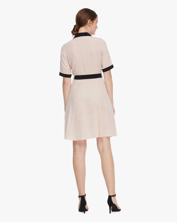 Seidenkleid mit diagonalen Streifen Claret-Stripes-On-Beige S-hover