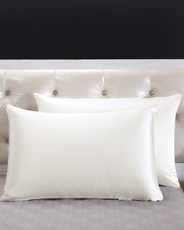 25 Momme Housewife Luxury Pillowcase with Hidden Zipper Ivory 30x40cm-hover