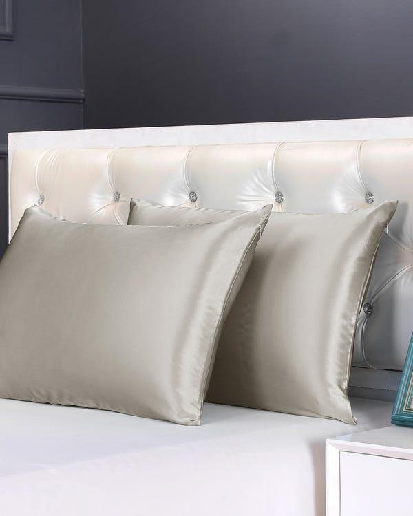 Housewife Silk Pillowcase with Hidden Zipper-hover