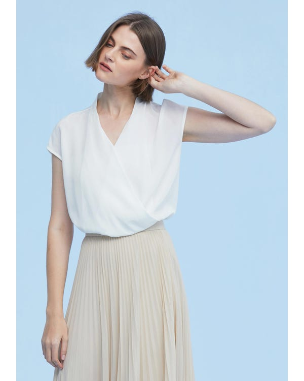 Braderie Elegant Silk Top With Overlapped Front XS-hover