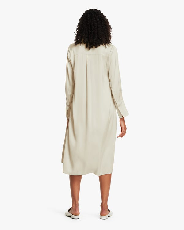 Langer Seide Hemdmantel für Damen-hover