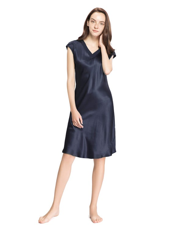 22 Momme Relaxed Fit Long Silk Nightgown Navy Blue 1X-hover