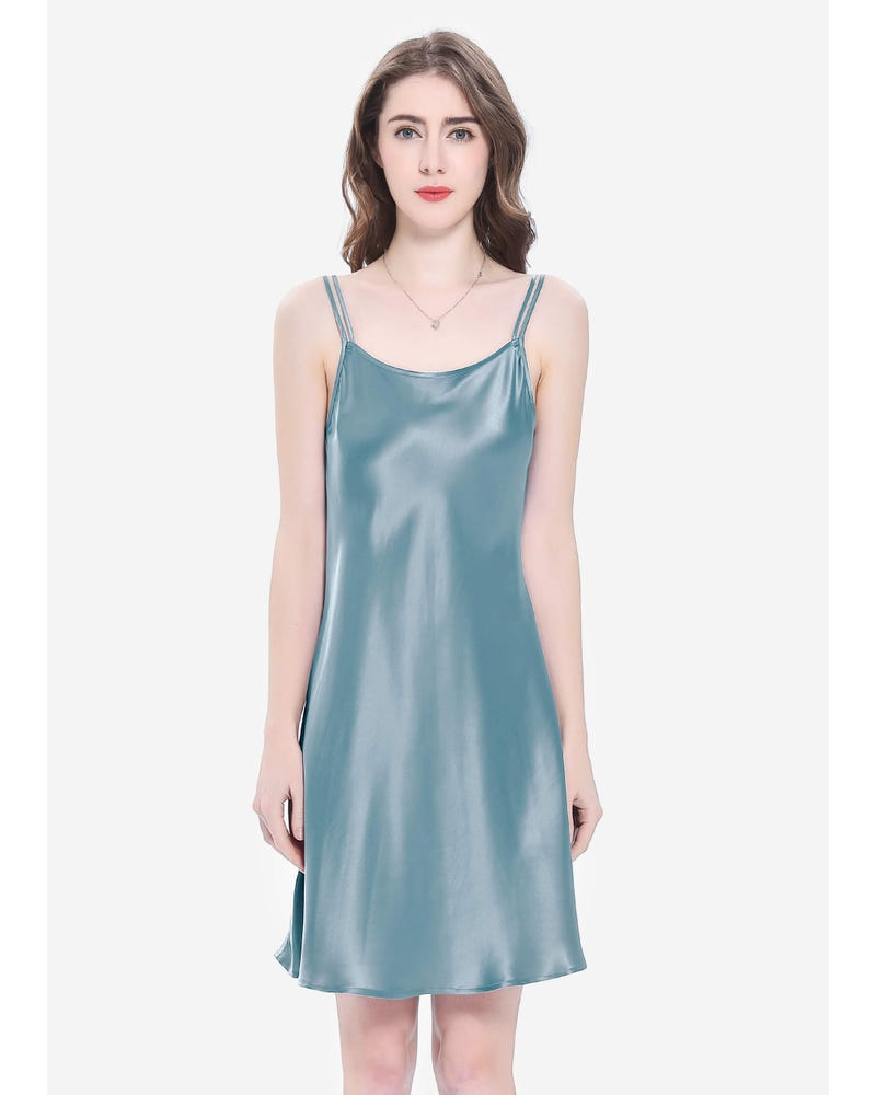 22 Momme Mini Scoop Neck Silk Nightgown