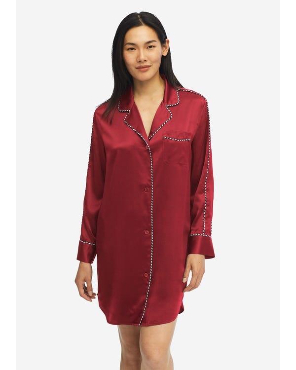 Camisón Elegante de Seda con Contraste Claret XS