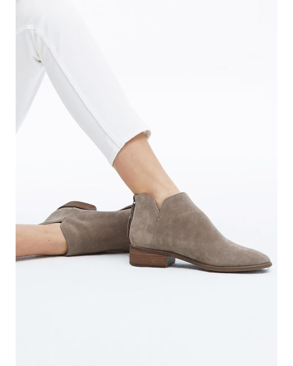 The Suede Boots Camel 70