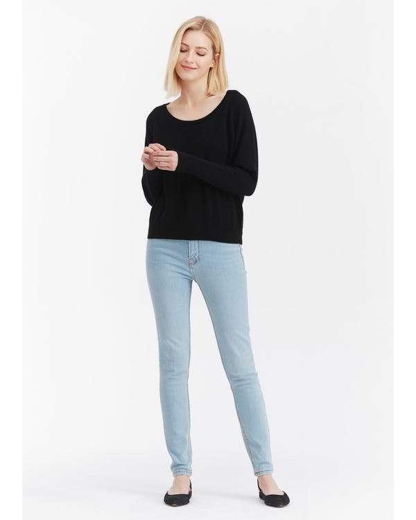 Casual Scoop Neck Cashmere Sweater