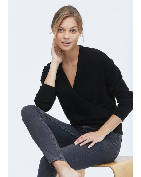 Women Simple V Neck Wool Sweater-hover