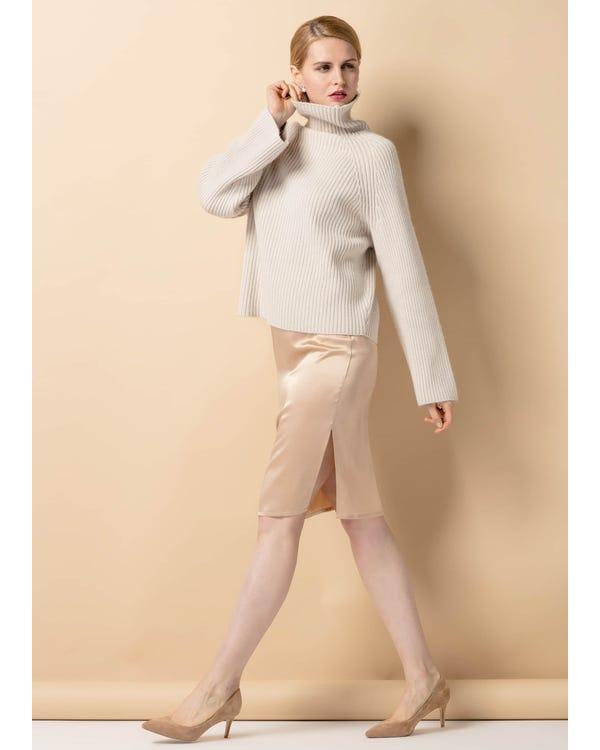 Hips Flattering Silk Skirt-hover