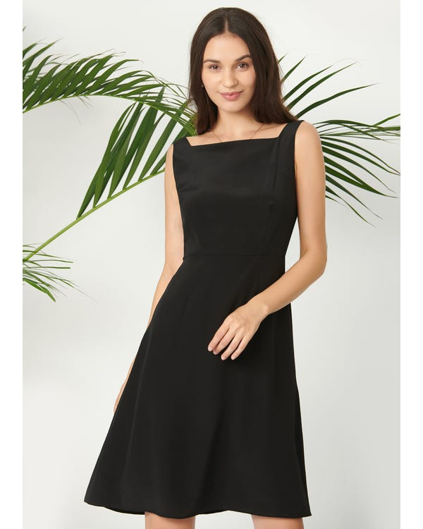 Classic Boat Neck Black Dress Black XXL
