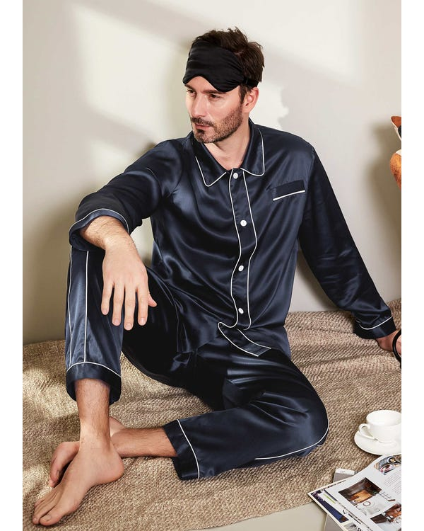 Chic Silk Beauty Sleep Set For Men-hover