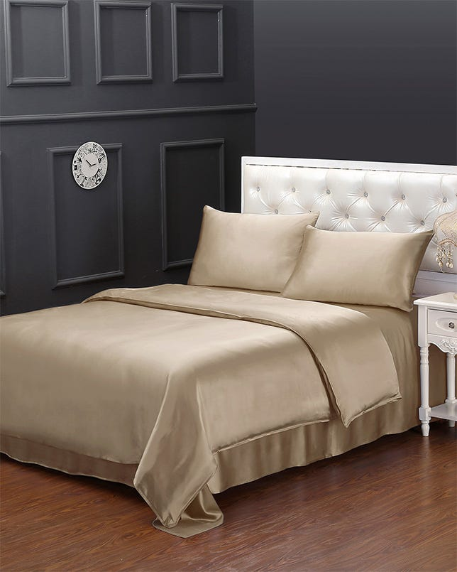 Silk Sheets Set